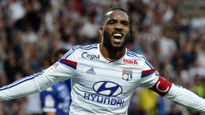 alexandre-lacazette-football-lyon_3297795
